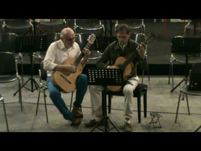 Esibizione in duo con Vincenzo Vallano alla Palazzina Liberty di Milano in occasione del saggio dell'Ateneo della Chitarra – maggio 2011